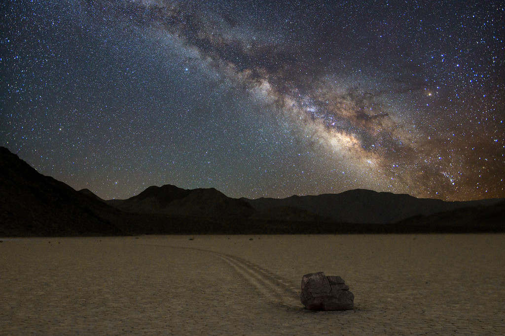 death-valley-night-sky